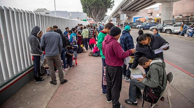 POLÍTICA. El gobierno norteamericano no desiste en su idea de construir un muro para evitar la inmigración ilegal.