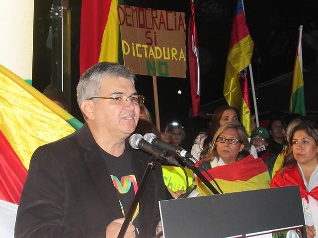 VOZ. Bolivianos en Washington se manifestaron en contra de los resultados de las elecciones durante varias semanas.   CREDITO: Milagros Meléndez – ETL