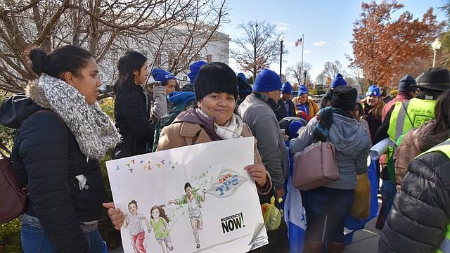 WASHINGTON. Activistas se reunieron en DC para planear acciones en 2020 y continuar la lucha por el TPS. CREDITO: Tomás Guevara - ETL