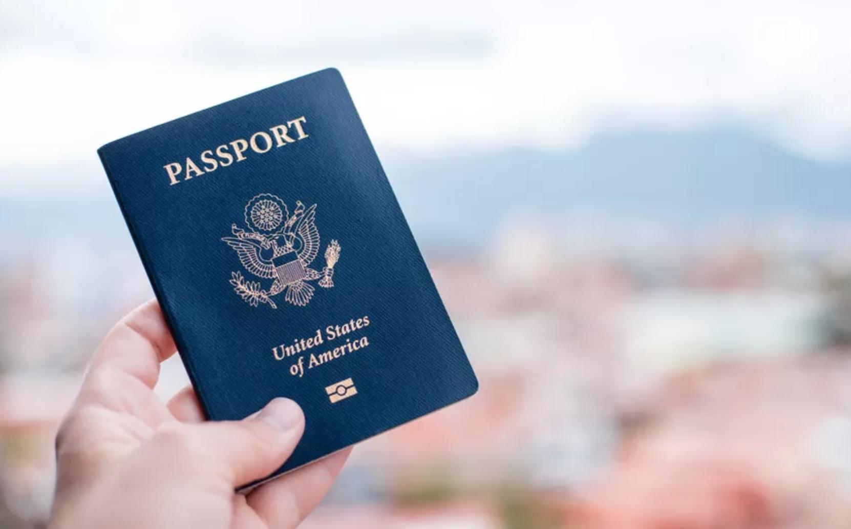 IDENTIFICACIÓN. Solicitud de pasaporte estadounidense en Boston