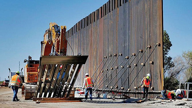 Esperan construir más de 435 millas de muro este año