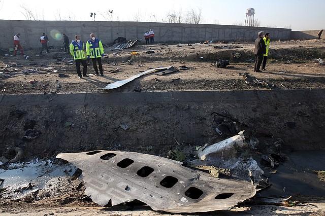 SINIESTRO. No hubo sobrevivientes en el suceso que involucró un Boeing 737-800 de Ukraine International Airlines en Teherán, Irán. | Foto: Efe.