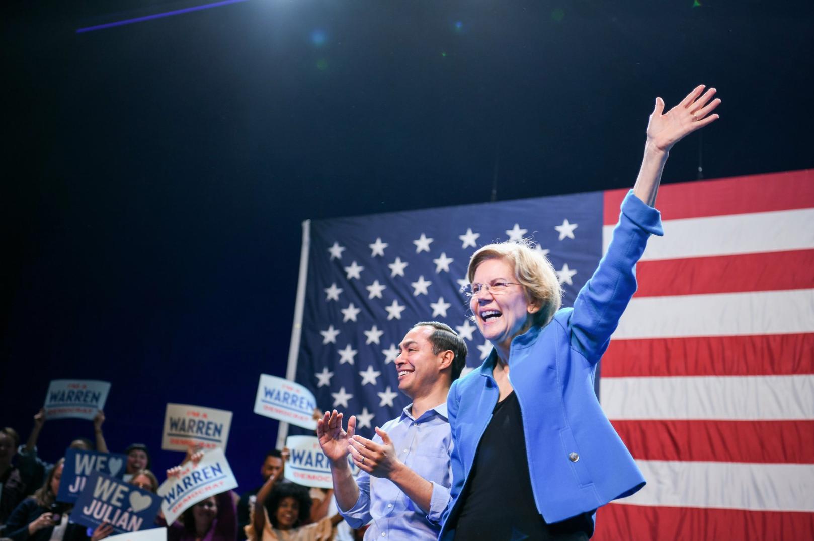 POLÍTICA. Warren asegura que Sanders no cree que una mujer pueda ganar la presidencia de EEUU
