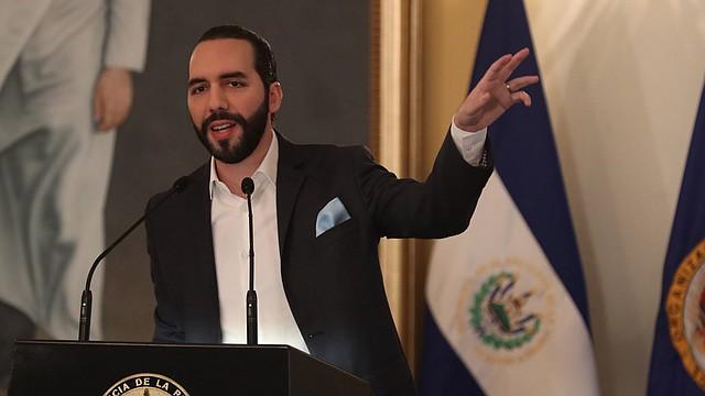 FONDOS. Funcionarios del Gobierno salvadoreño estuvieron presentes en la comisión de hacienda de la Asamblea Legislativa para explicar cómo tienen contemplado utilizar el préstamo de $109 millones.