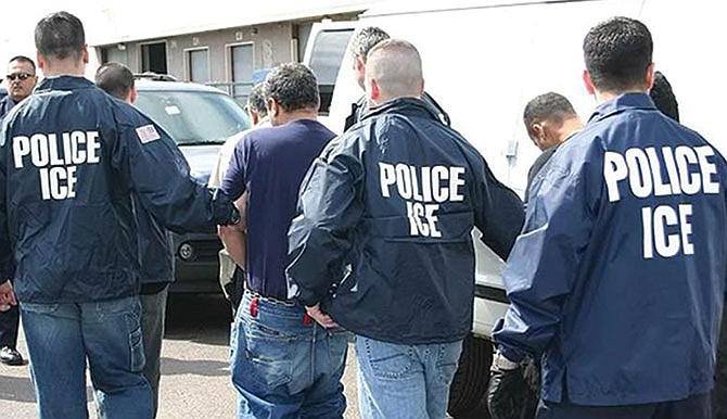 Trece fiscales estatales denuncian operativos del ICE