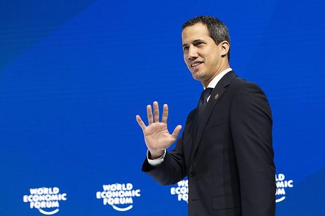 ÉLITE. El mandatario encargado brindó un discurso en la gran sala del centro de congresos del encuentro que reúne a la élite política y económica mundial.