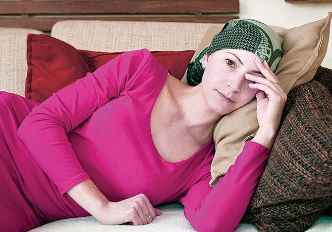 Mortalidad por cáncer disminuyó en el país