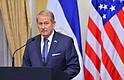 CENTROAMÉRICA. El embajador de Estados Unidos en El Salvador, Ronald Johnson, advirtió sobre las consecuencias para la economía debido al conflicto entre el Ejecutivo y Legislativo. | Foto/archivo.