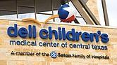 LOABLE. El Dell Children's Medical Center afronta el reto de cubrir las necesidades de salud de nuestra ciudad, que registra un crecimiento constante y sostenido. Para ese fin, planean una expansión de sus instalaciones con una millonaria inversión.