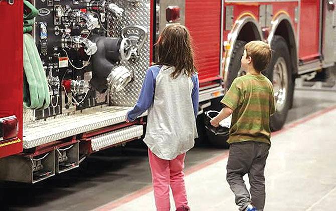 Diviértete con los bomberos