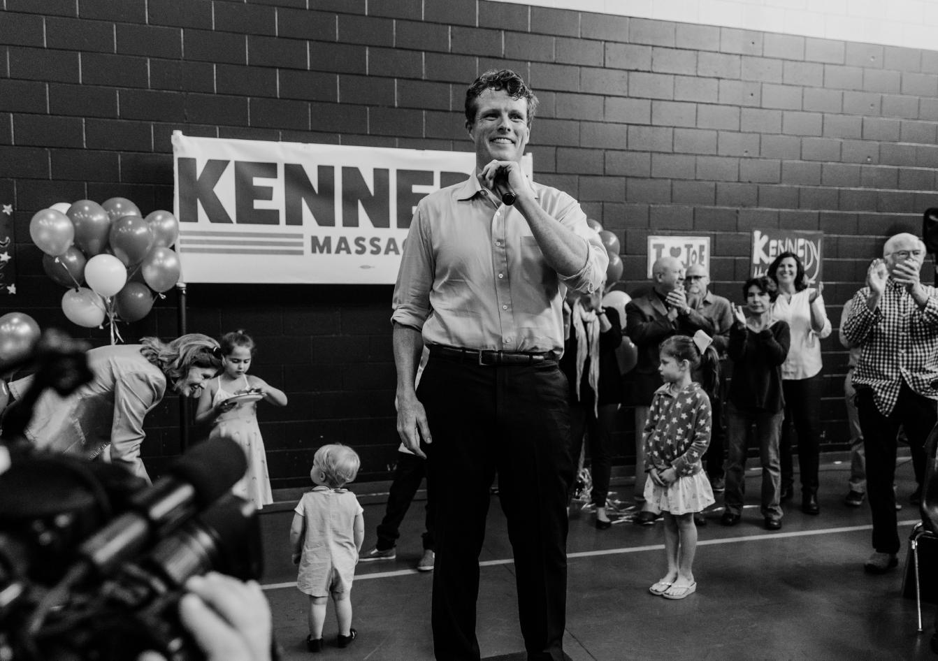ELECCIONES. El representante Joseph P. Kennedy III lidera la contienda demócrata por el Senado