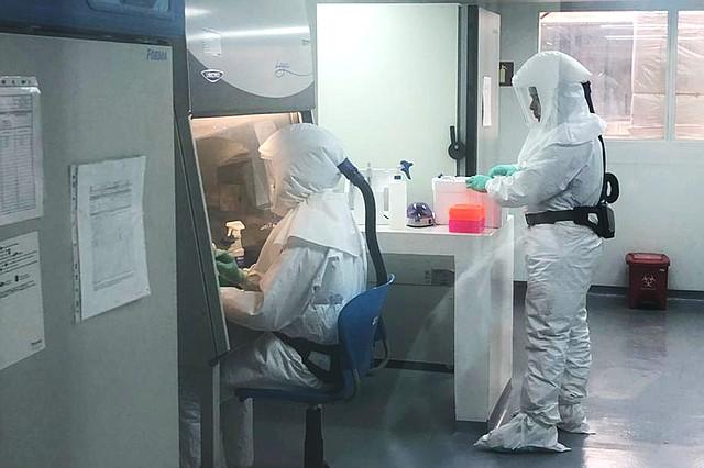 PREVENCIÓN. Más de 400 casos de COVID-19, con cuatro muertes y ocho recuperados en Colombia. FOTO: Instituto Nacional de Salud.