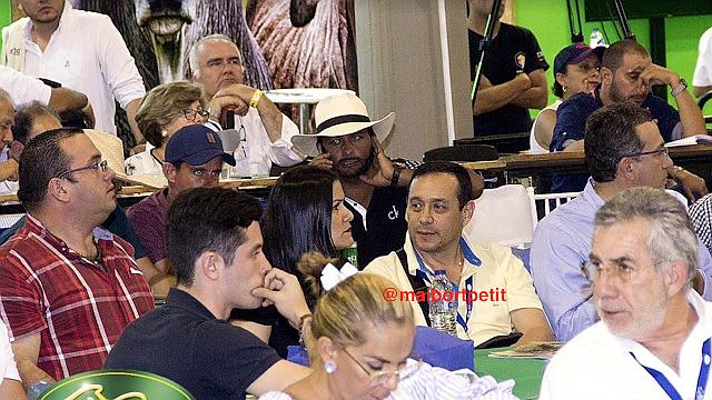 CASO. El ex-funcionario corrupto de PDVSA apareció en una de las más prestigiosas ferias ganaderas colombianas, adquiriendo costosas cabezas de ganado selecto. | Foto cortesía Maibort Petit.