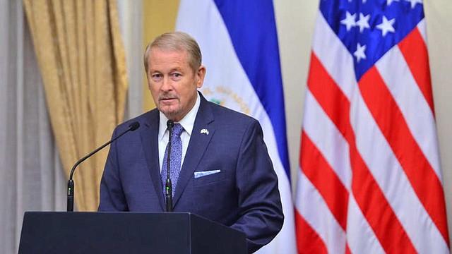 DIPLOMACIA. El embajador de Estados Unidos en El Salvador, Ronald Johnson, recomendó dirimir las diferencias en el Estado salvadoreño. | Foto: Foto/Archivo.