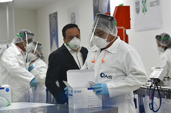 PANDEMIA. La Organización Mundial de la Salud (OMS) señaló en un informe hace unos días que no ha encontrado pruebas concluyentes de que el coronavirus se pueda transmitir por el contacto de la piel humana con superficies infectadas.