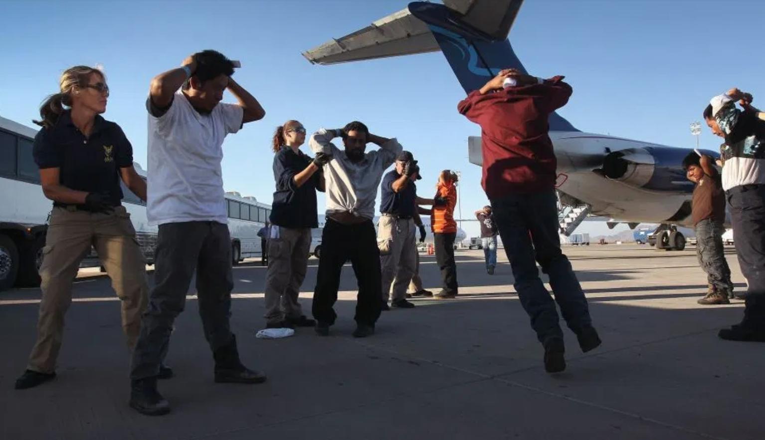 MEDIDAS. El Coronavirus detiene los flujos de inmigración en el mundo