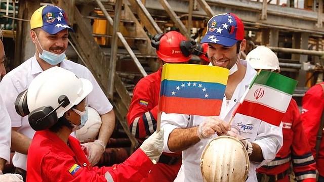 IMPORTACIÓN. De acuerdo al diputado opositor Elías Matta, con la llegada de esta gasolina se agudiza la crisis y se amplían los negocios del régimen.
