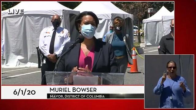 Muriel Bowser Extiende El Toque De Queda En Dc A Este Lunes Y Martes El Tiempo Latino Noticias De Washington Dc