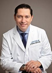 MEDICINA. Álvaro Puig-Rodríguez, MD, especialista en medicina interna y director médico APMD del Privia Medical Group en Arlington, Virginia