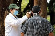 MÉDICOS. El Comité de Santa Marta, Cabañas reunió $2 mil para contratar a un médico para la comunidad salvadoreña. | FOTO: Cortesía Comités