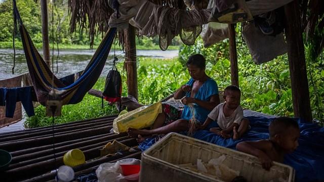 PRECARIEDAD. Las condiciones son cada día peores para los pueblos originarios / EFE