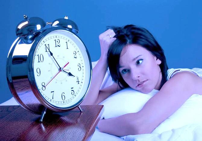 Dormir pocas horas le perjudica