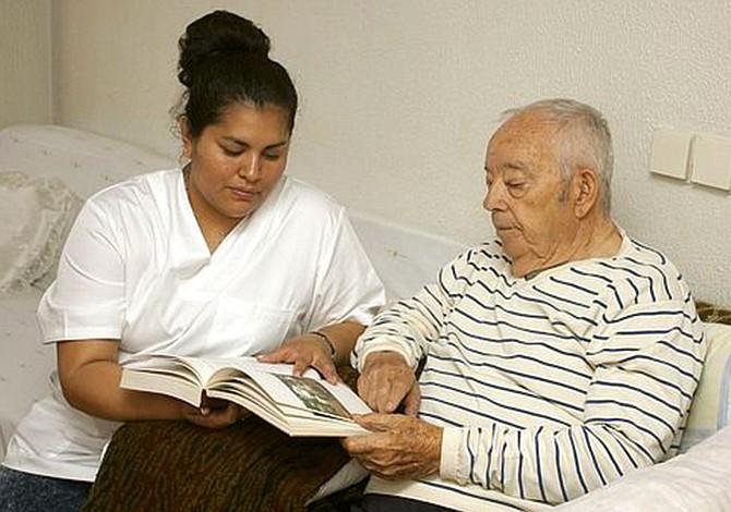 El Alzheimer debe diagnosticarse con tiempo