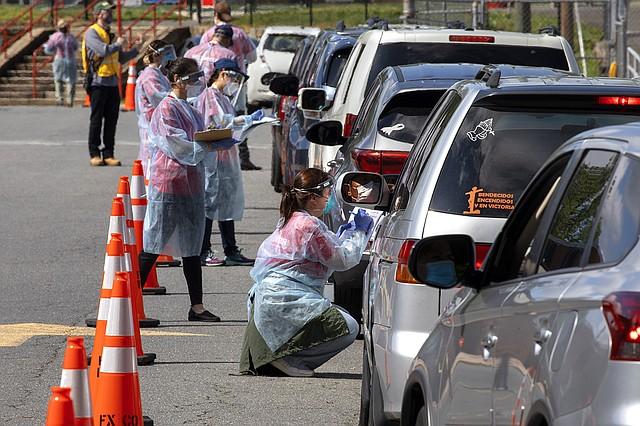 VIRGINIA. En el condado de Fairfax, en Virginia, las pruebas para COVID-19 han estado disponibles sin costo y sin una orden del doctor.   Foto: AP PHOTO/JACQUELYN MARTIN