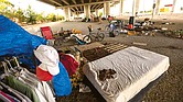 REALIDAD. La coalición Save Austin Now propone cancelar la norma que permite a los indigentes acampar en los espacios públicos de la ciudad capital. Para incluir su propuesta en las boletas que se utilizarán en las elecciones de noviembre, el colectivo recolectó más firmas que las requeridas y en tiempo récord.