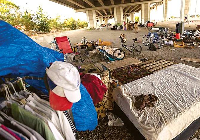 """""""La solución no es permitir acampar a los vagabundos en las calles"""""""