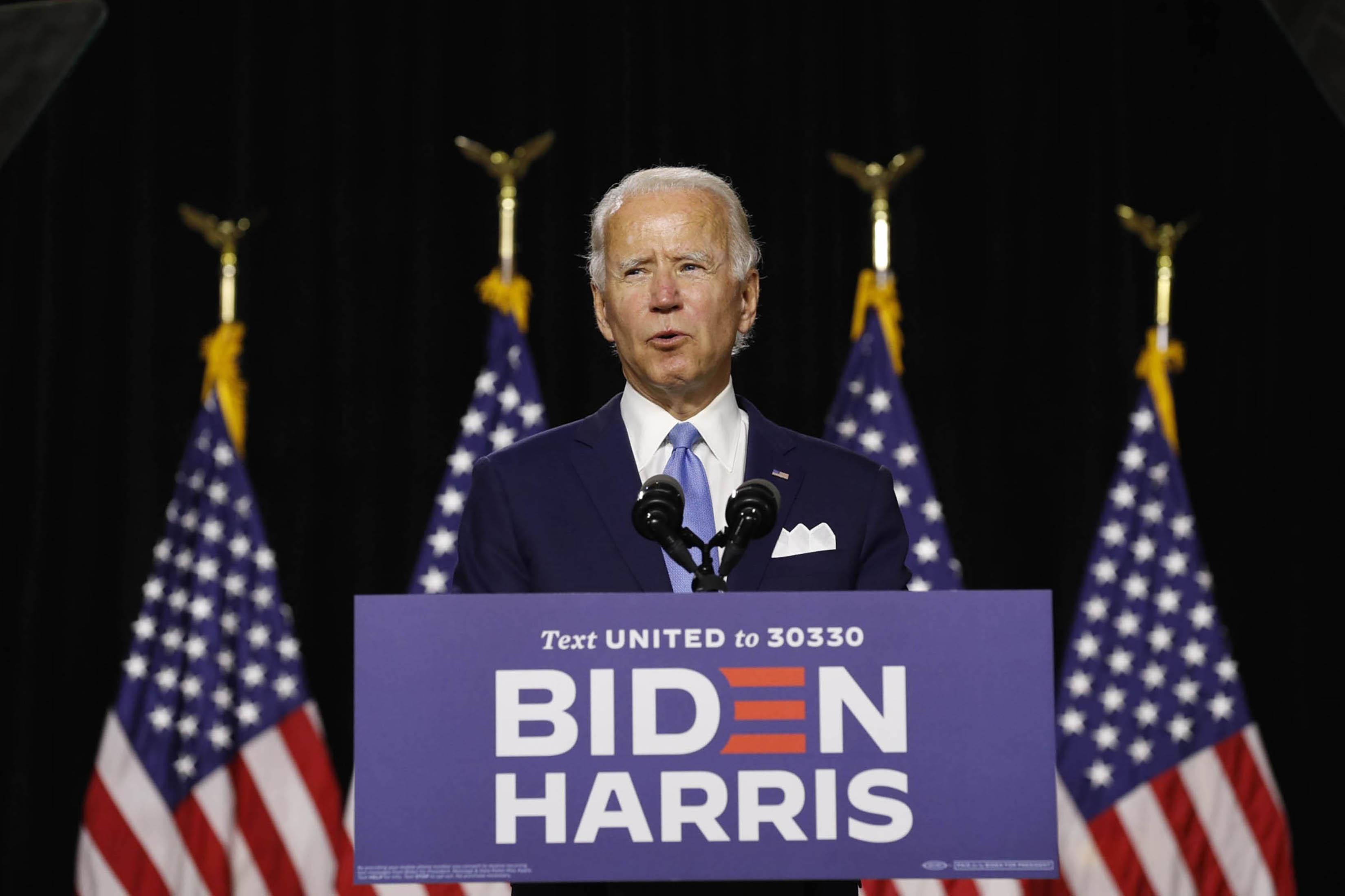 DEMÓCRATA. El exvicepresidente Joe Biden da un discurso en un evento de campaña reciente en Wilmington, Delaware.    FOTO: Stefani Reynolds—Bloomberg