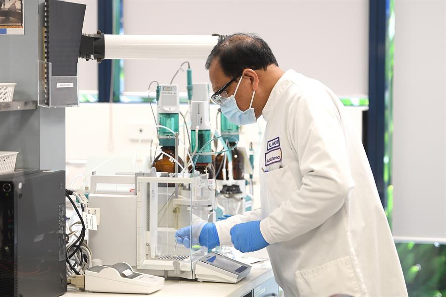 SALUD. El Primer Ministro australiano Scott Morrison anunció que los australianos estarán entre los primeros del mundo en recibir la vacuna COVID-19, si tiene éxito, a través de un acuerdo entre el gobierno y la compañía farmacéutica AstraZeneca, con sede en el Reino Unido