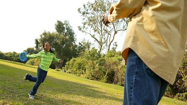Recreación. El área metropolitana tiene suficientes y amplias áreas verdes para salir junto a sus hijos a realizar actividades recreativas saludables. | FOTO: Cortesía Kaiser Permanente