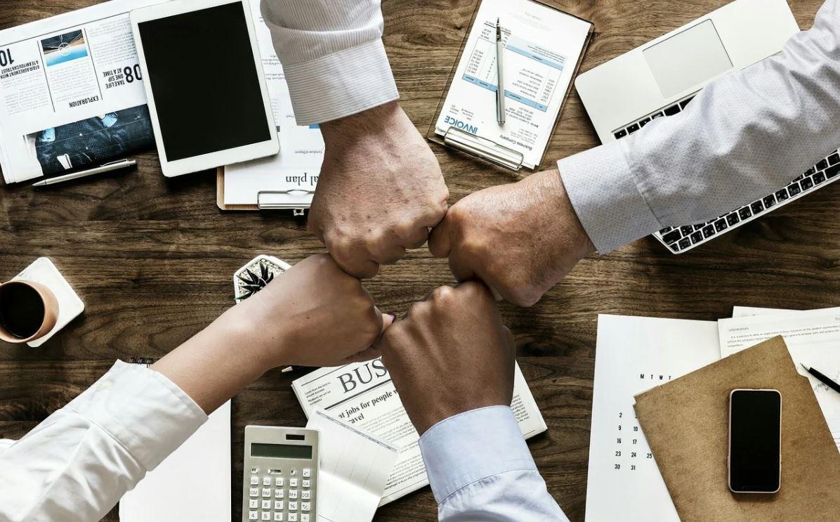 ORGANIZACIONES. El orgullo de pertenencia permite que cada colaborador se sienta parte de la empresa, afirma la experta Estrella Flores-Carretero. | Foto: Pixabay.