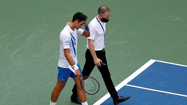 SALIDA. Fue expulsado del torneo en los octavos de final / EFE