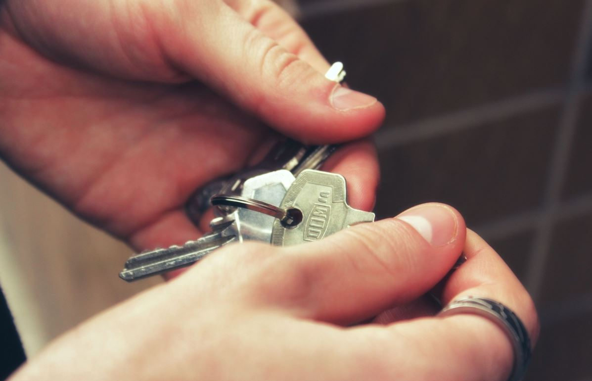 AYUDA. Uno de los requisitos de elegibilidad es ser residente en el condado desde antes de febrero de este año. | Foto: Pixabay.