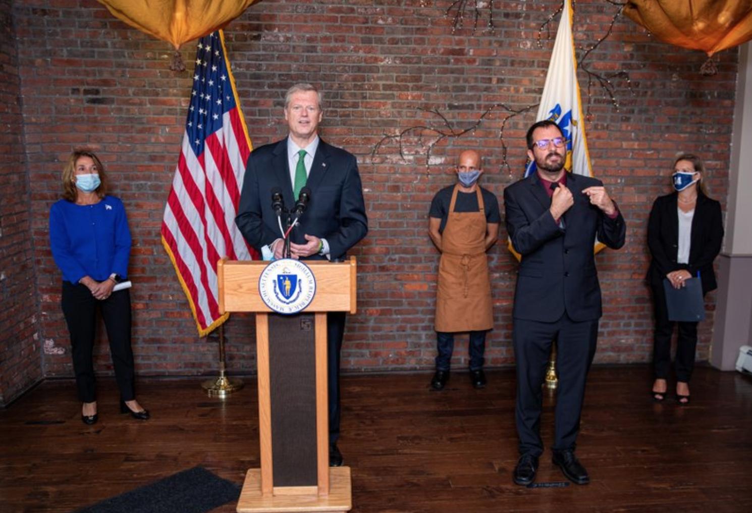 LOCAL. Gobernador de Massachusetts, Charlie Baker