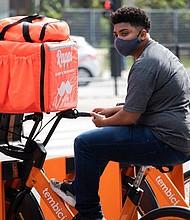 COMERCIO. El servicio de delivery ha aumentado de forma importante en medio de la pandemia. | Foto: Pixabay.