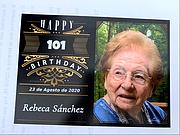 CUMPLEAÑOS. El 23 de agosto, Rebeca Sánchez Mantilla celebró sus 101 años viendo pasar frente a su casa una caravana de autos. | FOTO: MILAGROS MELÉNDEZ PARA ETL