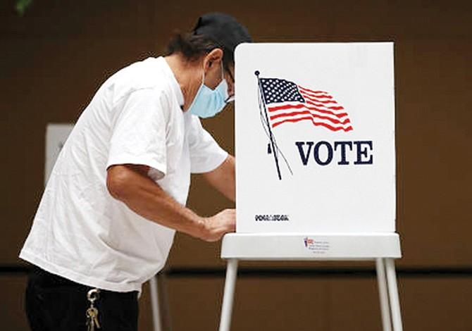 La economía y la salud impulsan el voto latino