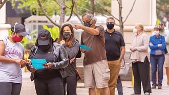 Es obligatorio usar mascarilla en los centros de votación