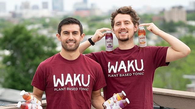 Los fundadores de Waku, Juan Giraldo y Nicolas Estrella.