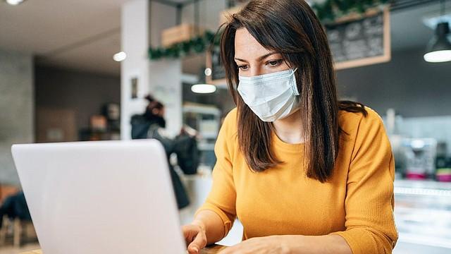 PROTECCIÓN. En tiempos de pandemia, del cuidado de la salud mental de los trabajadores dependerá la eficiencia y productividad. | FOTO: Cortesía Kaiser Permanente |
