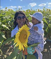 MADRE. Berti Angulo madre de un bebé de 13 meses, teme reacciones adversas. | FOTO: FB/Cortesía |