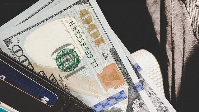 ECONOMÍA. 20 años después, el dólar sigue dando ventajas a la economía de El Salvador. | Foto: Pixabay.