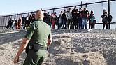 EXPECTATIVA. El aumento en la llegada de migrantes a la frontera se está convirtiendo en un gran desafío para la presidencia de Joe Biden.