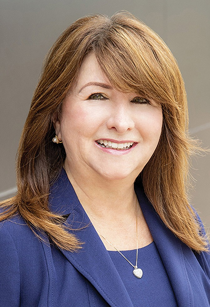 Stephanie Elizalde, superintendente del AISD.