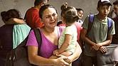 PROPORCIÓN. La llegada de familias completas se ha triplicado con respecto del año fiscal 2020, cuando la CBP reportó los casos de 74,960 unidades contra los 247,418 del actual periodo.