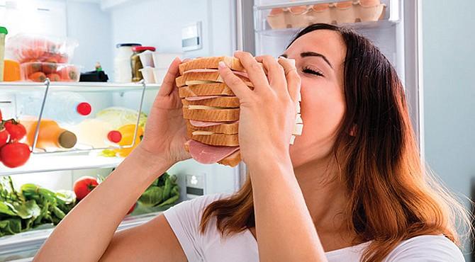 DAÑINO. Conocido como 'binge eating' en inglés, el trastorno de conducta alimentaria influye tanto en los sentimientos de ansiedad y de culpa.