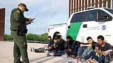 Más recursos para 'combatir' a los indocumentados